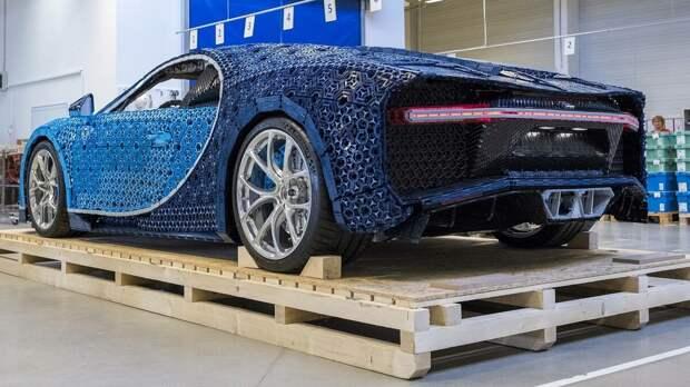 Как потратить 1 МЛН деталей LEGO? Едущая 1:1 Модель Bugatti Chiron.