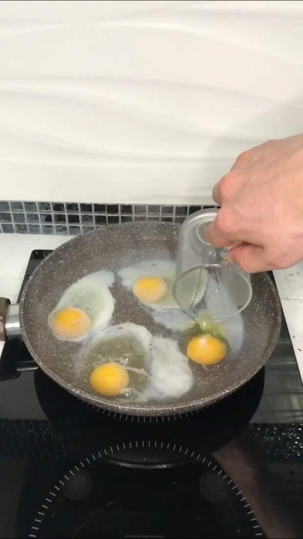 Брускетта с авокадо и малосольной сёмгой, завтрак царей
