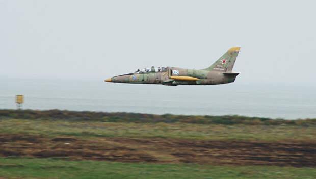 Курсант военного училища спас самолет, поврежденный в воздухе птицей