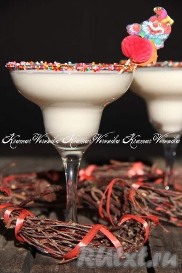Десерт из ряженки с желатином и сметаной