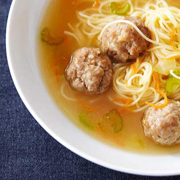 Овощной суп с мясными фрикадельками и вермишелью