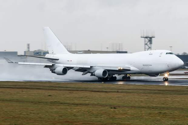 ACT Airlines Boeing 747-412F (TC-MCL) 11 January 2017.jpg
