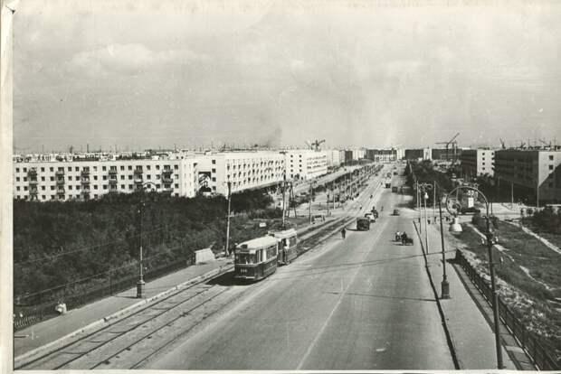 Волгоград (Сталинград), Мост через Волго-Донской судоходный канал, 50-е
