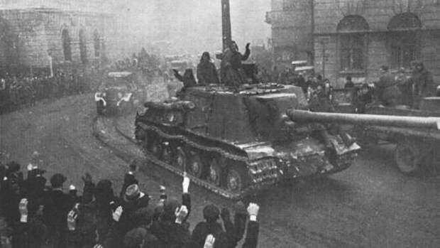 Кошелев заявил о недопустимости глумления над подвигом советских воинов