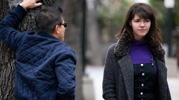 Как девушки борются с домогательствами на улицах
