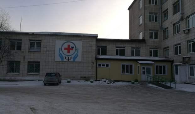 Хотел впсихиатрическую больницу: тагильчанин вскрыл себе вены «розочкой» вмагазине