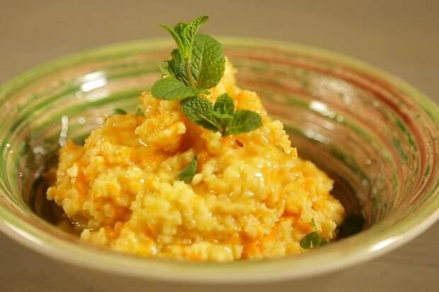 гороховая каша с морковью и луком