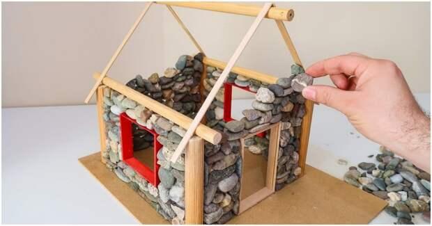 Чудесный каменный домик-светильник для тепла и уюта в каждом доме