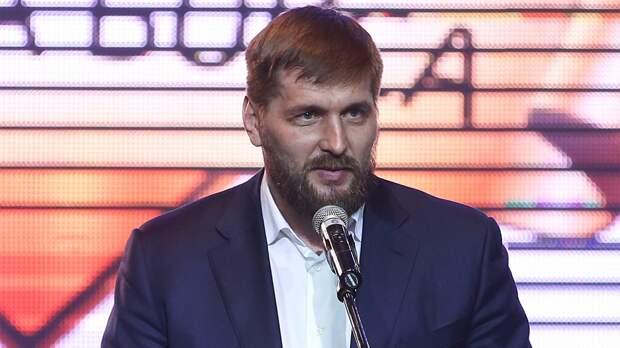 Бой Минаков— Айяла наBellator 232 несостоится. Россиянину неодобрили визу вСША