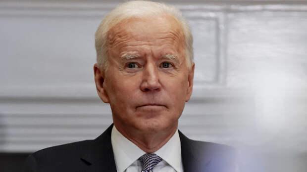 Президент США продлил режим ЧС в отношении Сирии на один год