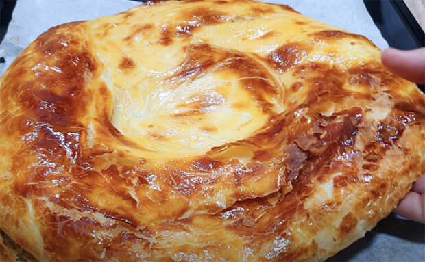 Делаем пирог с мясом из сотни слоев. Сочнее привычных пирогов, а сделать проще