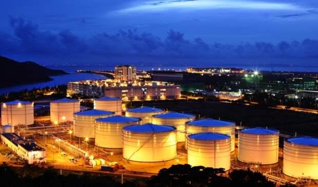 МЭА: Ниже среднего за5 лет уровня сократились запасы нефти инефтепродуктов встранах ОЭСР