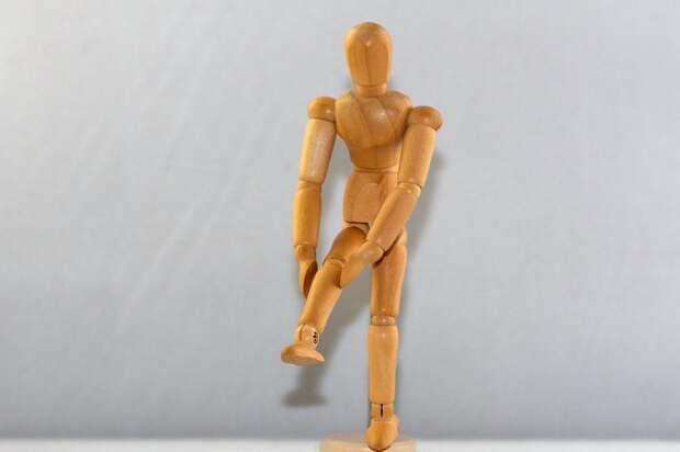 Ортопед из горбольницы №13 избавил пенсионера от боли в колене