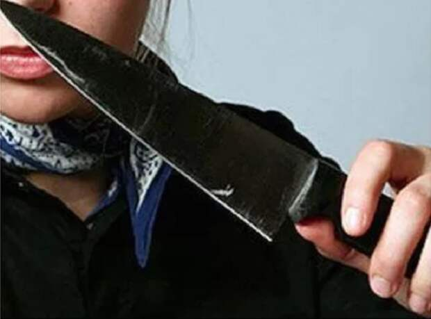 В драке с группой девушек мужчина погиб от ножевого ранения