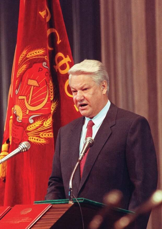 Роковой 1990 год. Фотохроника начала развала СССР.