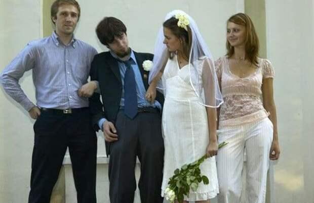 Веселая вдова: россиянка вышла замуж за мужчину без сознания, а через день он умер