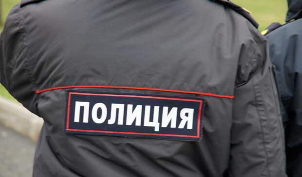 Из-за бутылки коньяка тагильчанин избил охранника супермаркета ипопался полиции