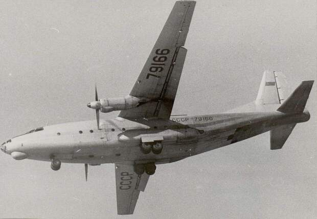 самолет ан-8, военно-транспортный самолет, авиация ссср