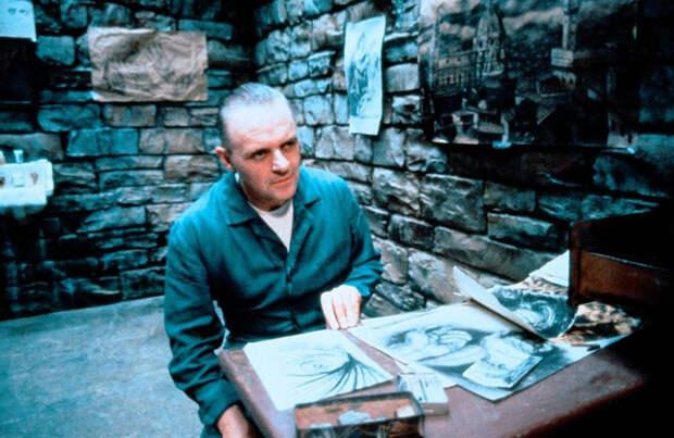 Энтони Хопкинса. Кадр из фильма Молчание ягнят (1990)