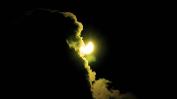 Астрономы рассказали, где россияне могут увидеть кольцевое затмение Солнца