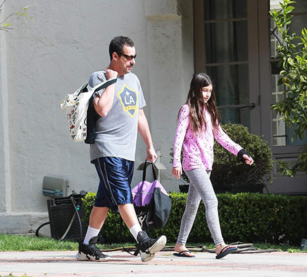 Адам Сэндлер с дочерью Санни