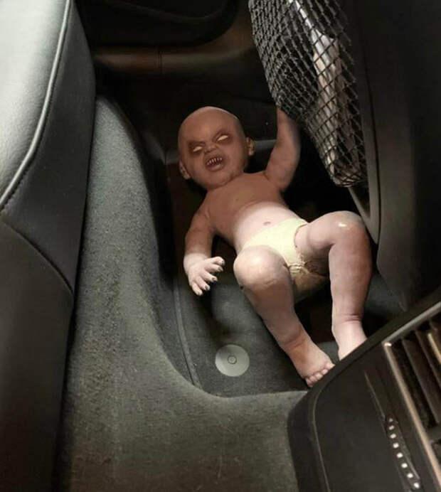 16 фото с СТО, которые проняли до глубины души даже матерых автослесарей