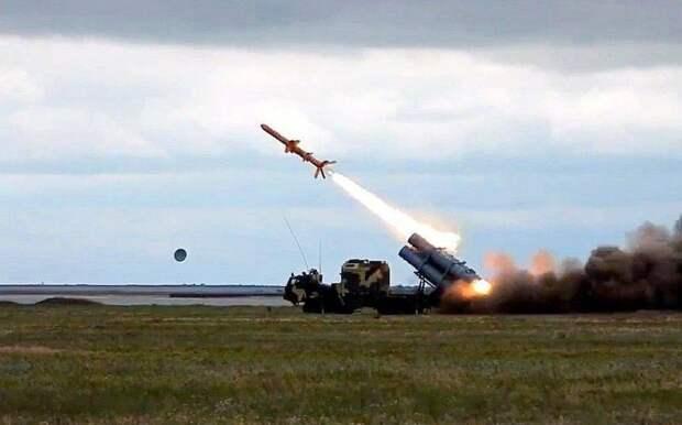 Украинские эксперты: В случае нашего удара по Севастополю Россия промолчит