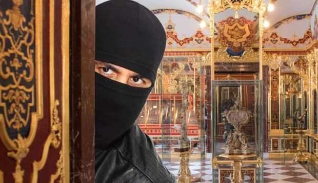 Ограбление на миллиард: Кто украл исторические ценности музея «Зелёные своды»