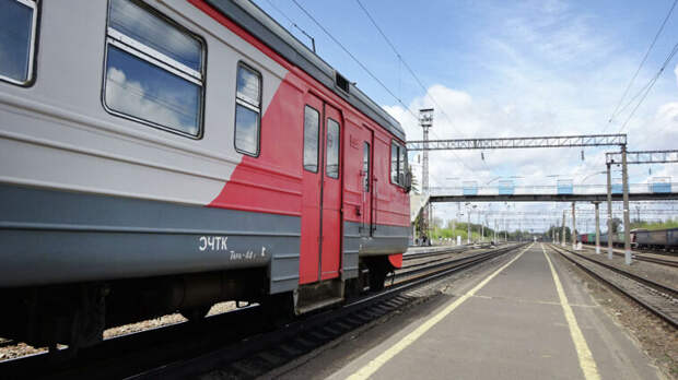 Число погибших при столкновении грузовика и поезда в Приамурье увеличилось до двух