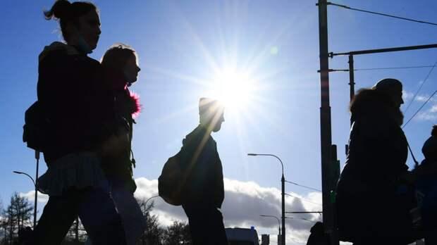 Синоптик прокомментировал жару в европейской части России