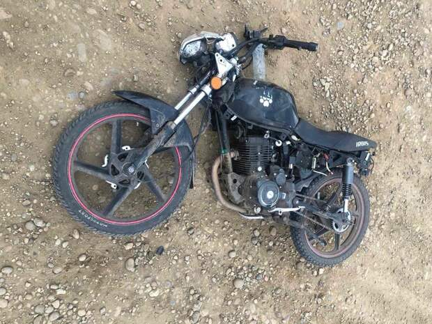 17-летняя девушка села за руль мотоцикла в нетрезвом виде и опрокинулась в Эхирит-Булагатском районе