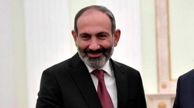 В Армении назвали дату отставки Пашиняна