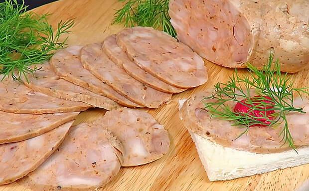 Берем 1 килограмм курицы и за 2 часа превращаем в батон ароматной колбасы. Доводим в духовке