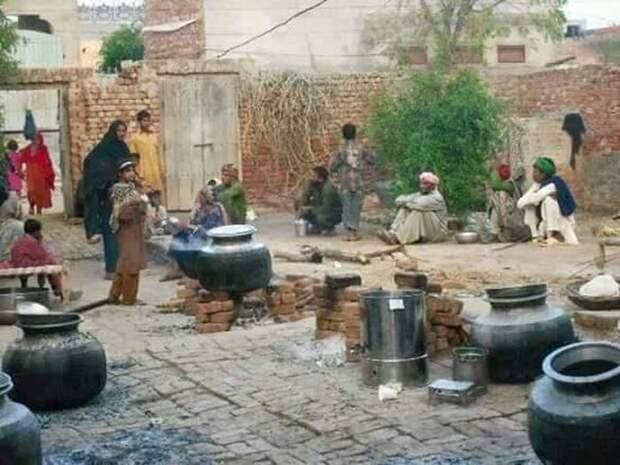 Повседневная жизнь в Пакистане (32 фото)