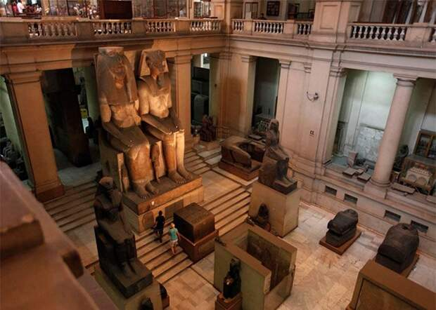 Самое большое количество древнеегипетских ценностей хранится в музее Каира