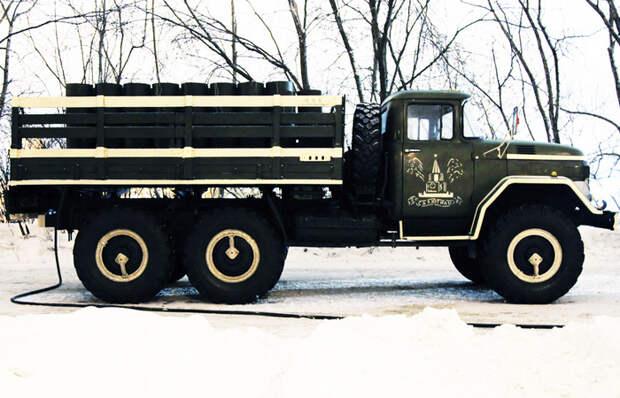 Зачем советскому грузовику такие странные колеса, и что за «ручка» на них выступает
