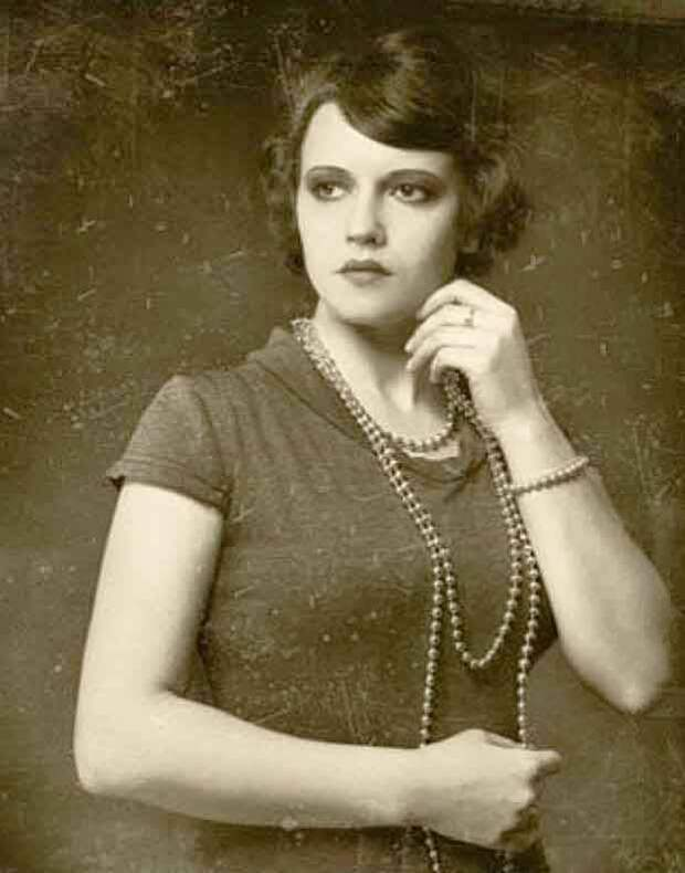 Как в молодости выглядела Фаина Раневская