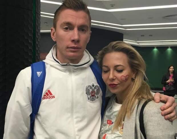 «Андрей отрабатывает каждый матч на 200%». Семенова ответила критикам ее мужа