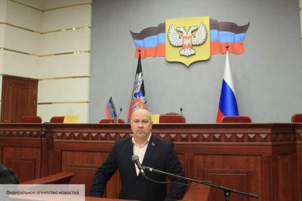 Киев готовит закон о двойном гражданстве: Ищенко рассказал, что изменится для украинцев