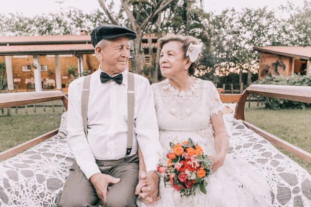 Пара устроила свадебную фотосессию спустя 60 лет после церемонии