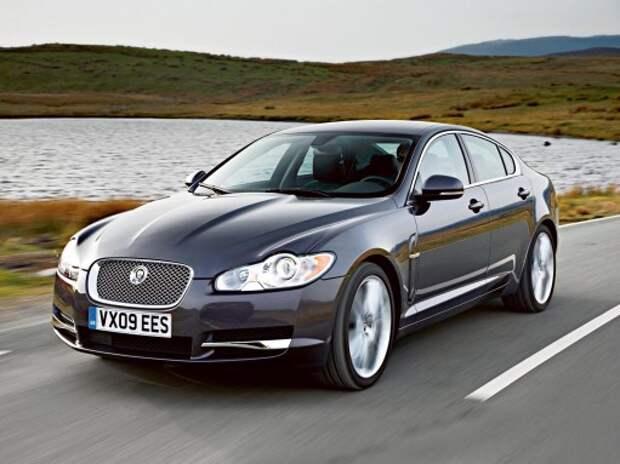 «Кошачьи забавы» Jaguar XF: три года не возраст