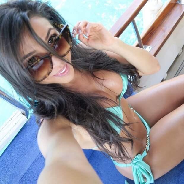 Приятные девушки в купальниках девушки, история, факты