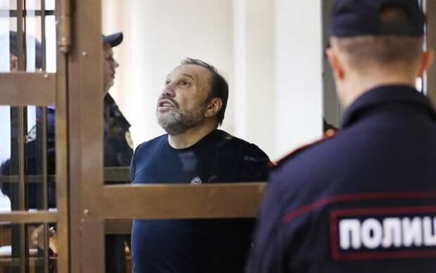 Небезызвестный Виктор Батурин задержан по заявлению его сестры