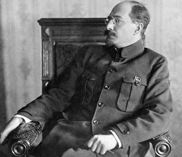 Анатолий Луначарский - неразгаданная загадка русской революции
