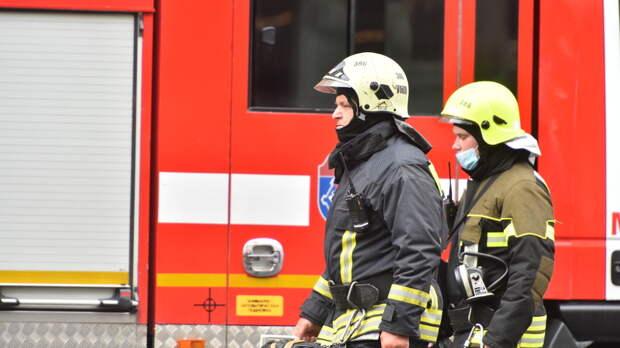 В Ангеловом переулке потушили пожар в квартире