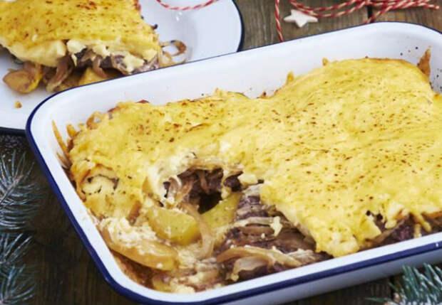 Смешали 300 грамм мяса, грибы и картошку: ужин на всю семью