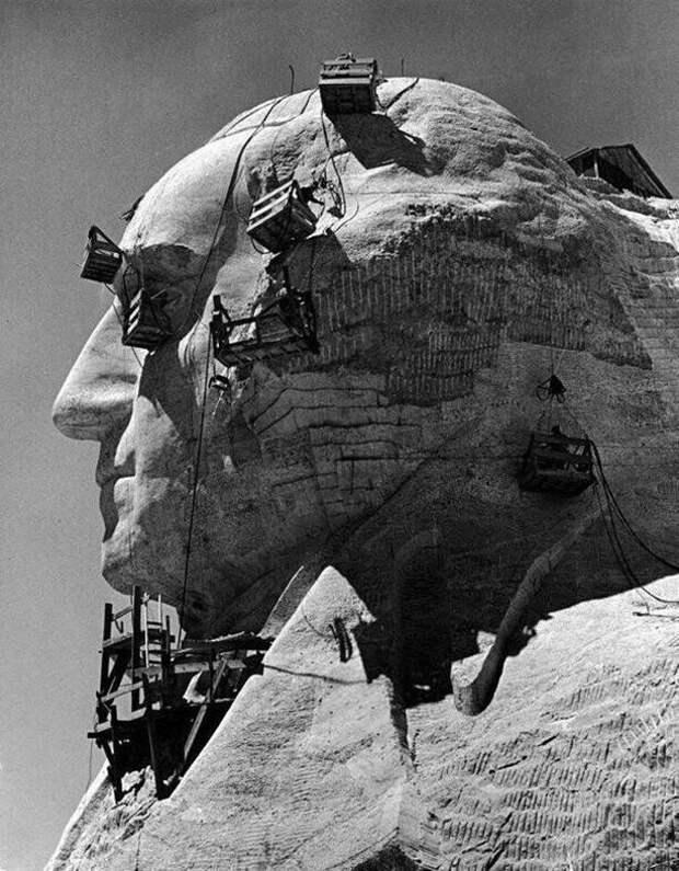 Обработка профиля Джорджа Вашингтона в мемориальном комплексе на горе Рашмор. Южная Дакота. США. 1940 год