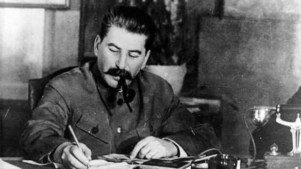 Советское руководство пыталось в тридцатые оттянуть начало войны