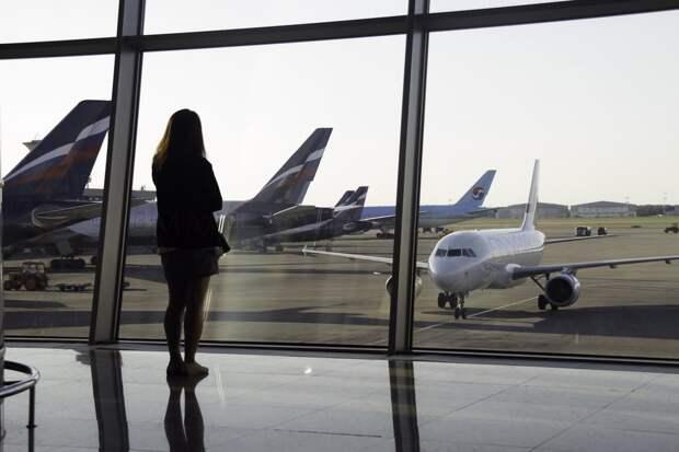 Росавиация продлила запрет на рейсы за границу