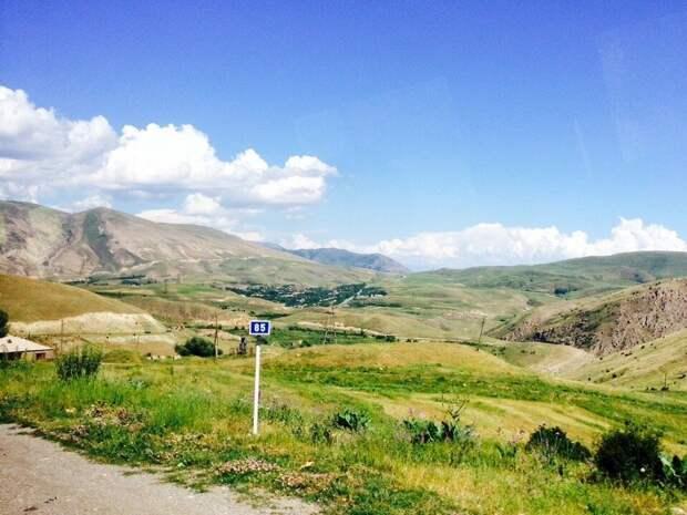 Россия укрепляет свои позиции: западные СМИ о перемирии в Карабахе